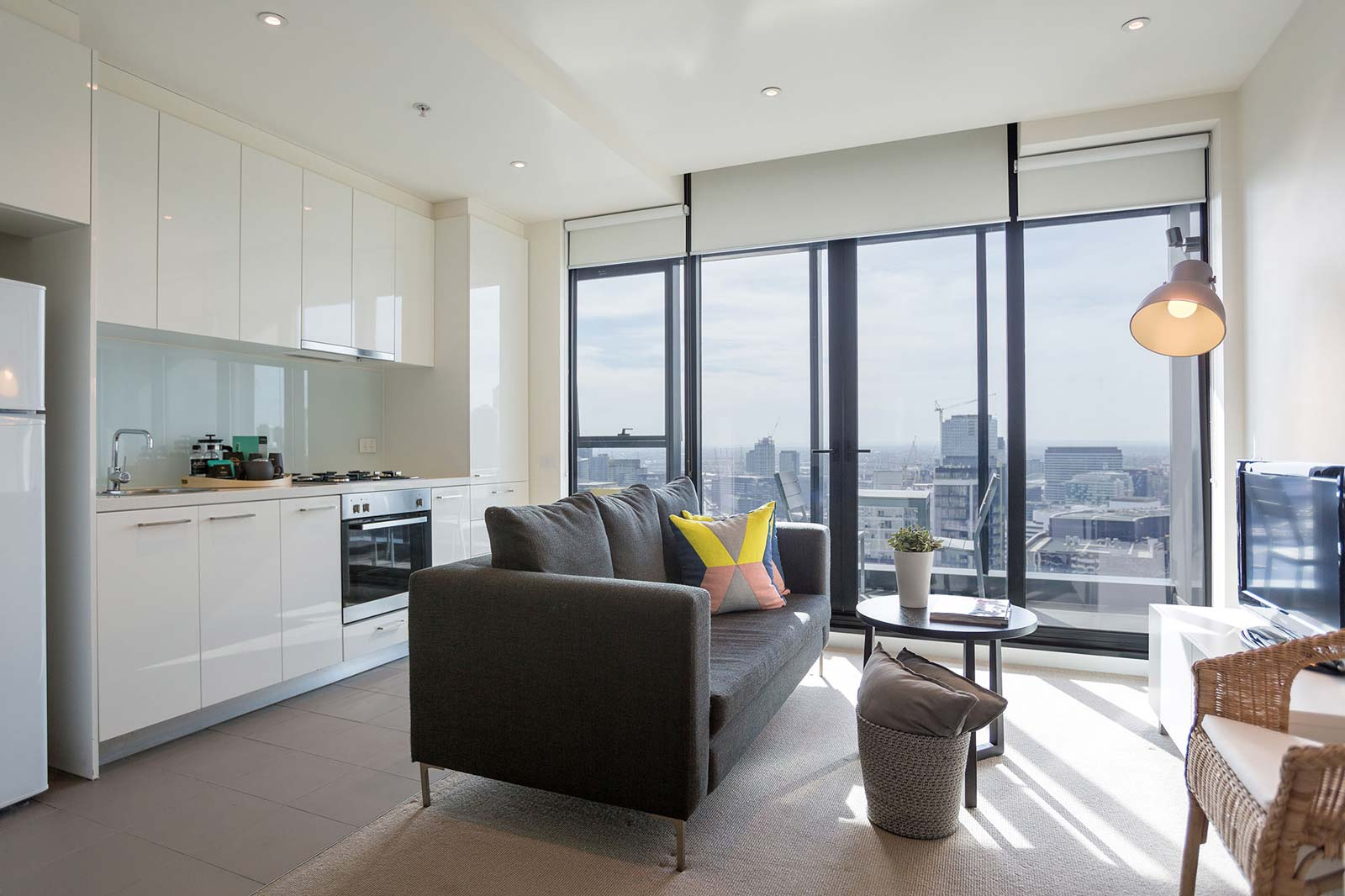 Aria Apartments - kitchen and Living Room